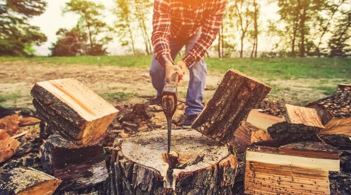 How to Split Firewood with An Axe [Tips and Tricks]