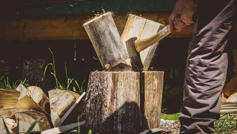 How to Use a Hatchet for Splitting Wood